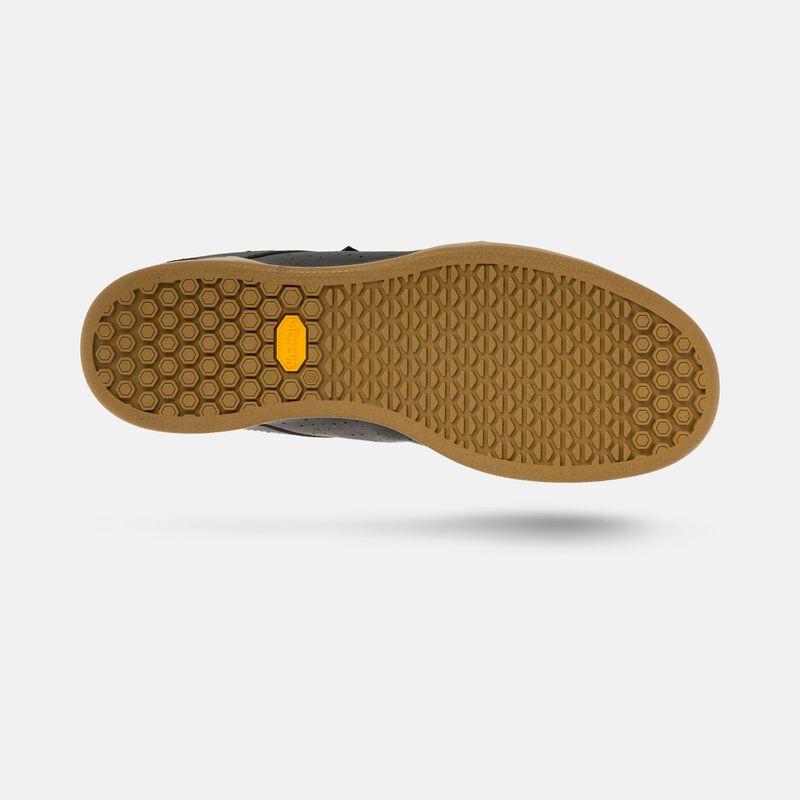 Jacket II Shoe