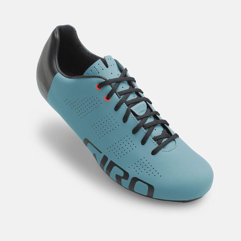 Empire ACC Shoe