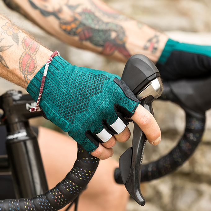 Womens Xnetic Road Glove Details