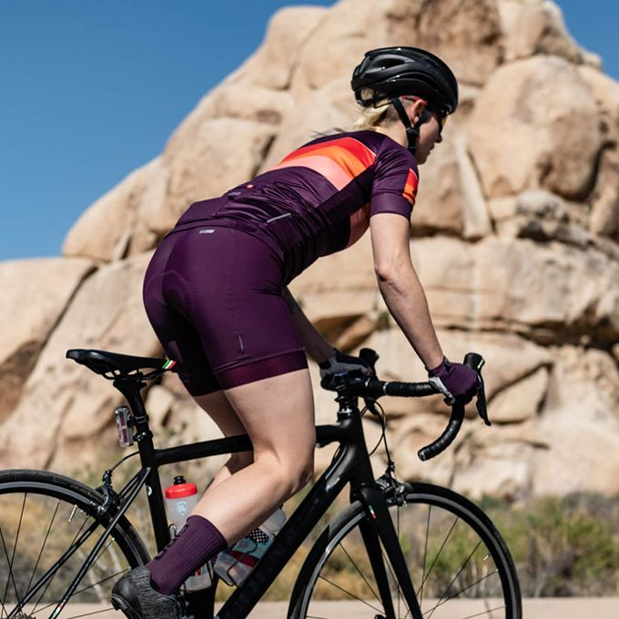Womens Chrono Sport Short Specs