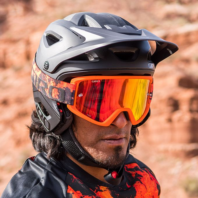 Tazz MTB Goggle with VIVID Lens Details